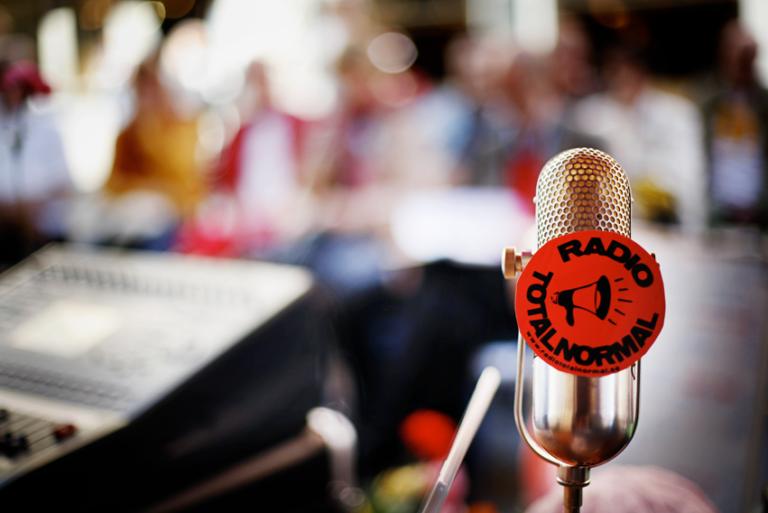 Radio Totalnormal får utökat stöd